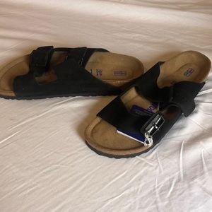 Size 41: Leather Birkenstock's (Black) NEW